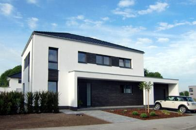 Fassade modern einfamilienhaus  Modernes Einfamilienhaus Massivhaus Satteldach Architektenhaus zum ...